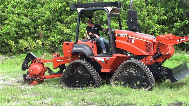 Timmerwerk: Ditch Witch R65's Specs