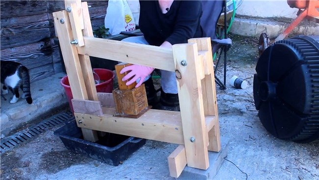 Timmerwerk: DIY Paper Log Maker