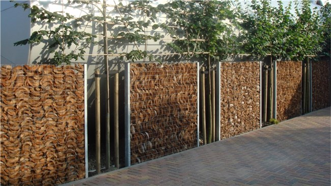 Hoe een Vaste Privacy Mesh Cover op een Gate te installeren